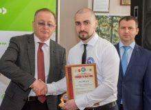 Вручение Свидетельства участника программы «100 лучших товаров России».